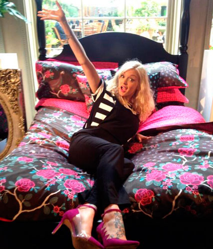 Fearne Cotton Shows Off Her Post Baby Body At Home Range