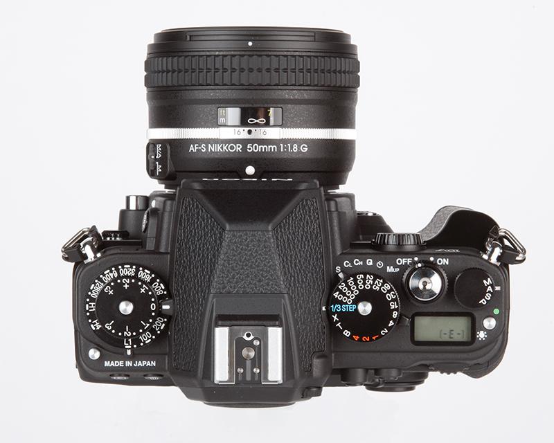 Nikon Df top panel