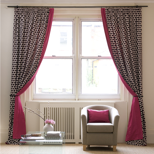 Create an eye-catching effect for a plain window with a vivid leading edge