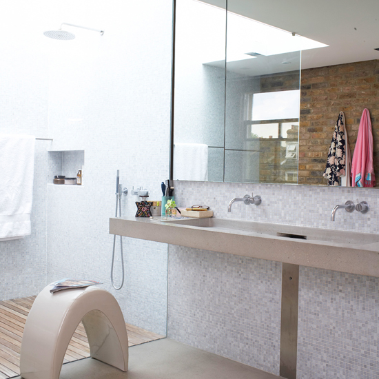 Wet rooms the essential guide shower room ideas for Wet room or bathroom