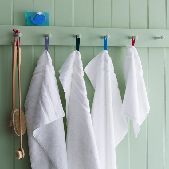 How to buy bathroom towels - How to display towels in bathroom ...