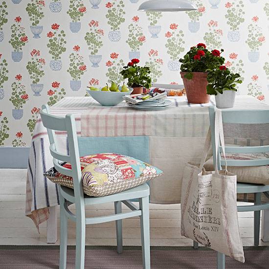 Design House Crafts Uk: How To Make A Patchwork Tablecloth